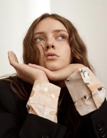 Female - Unique Models